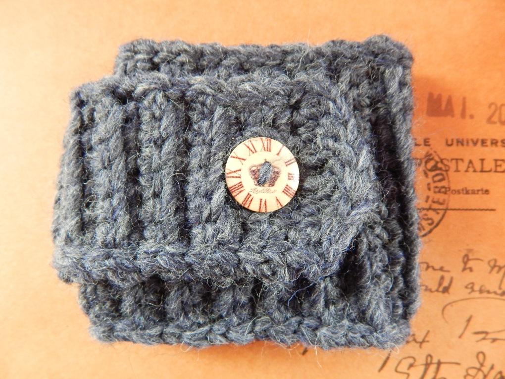 Chunky Strap Cuff Bracelet Free Crochet Pattern Travelling Ava
