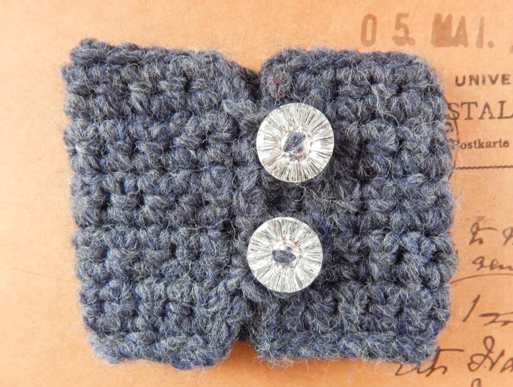 Double Loop Cuff Bracelet Free Crochet Pattern Travelling Ava