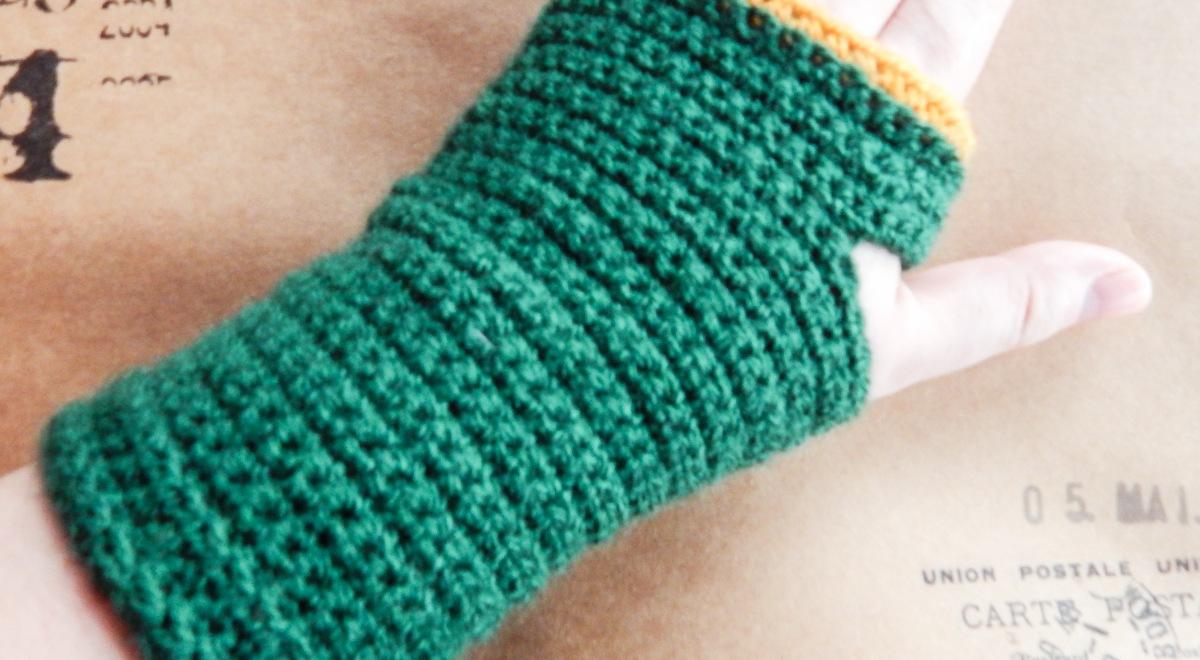 Fingerless Mittens Free Crochet Pattern Travelling Ava