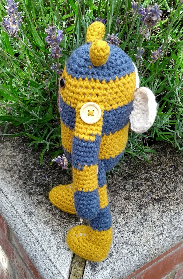 Bumble - crochet pattern