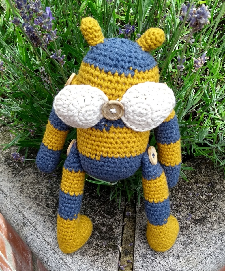 Bumble Bee - Crochet Pattern